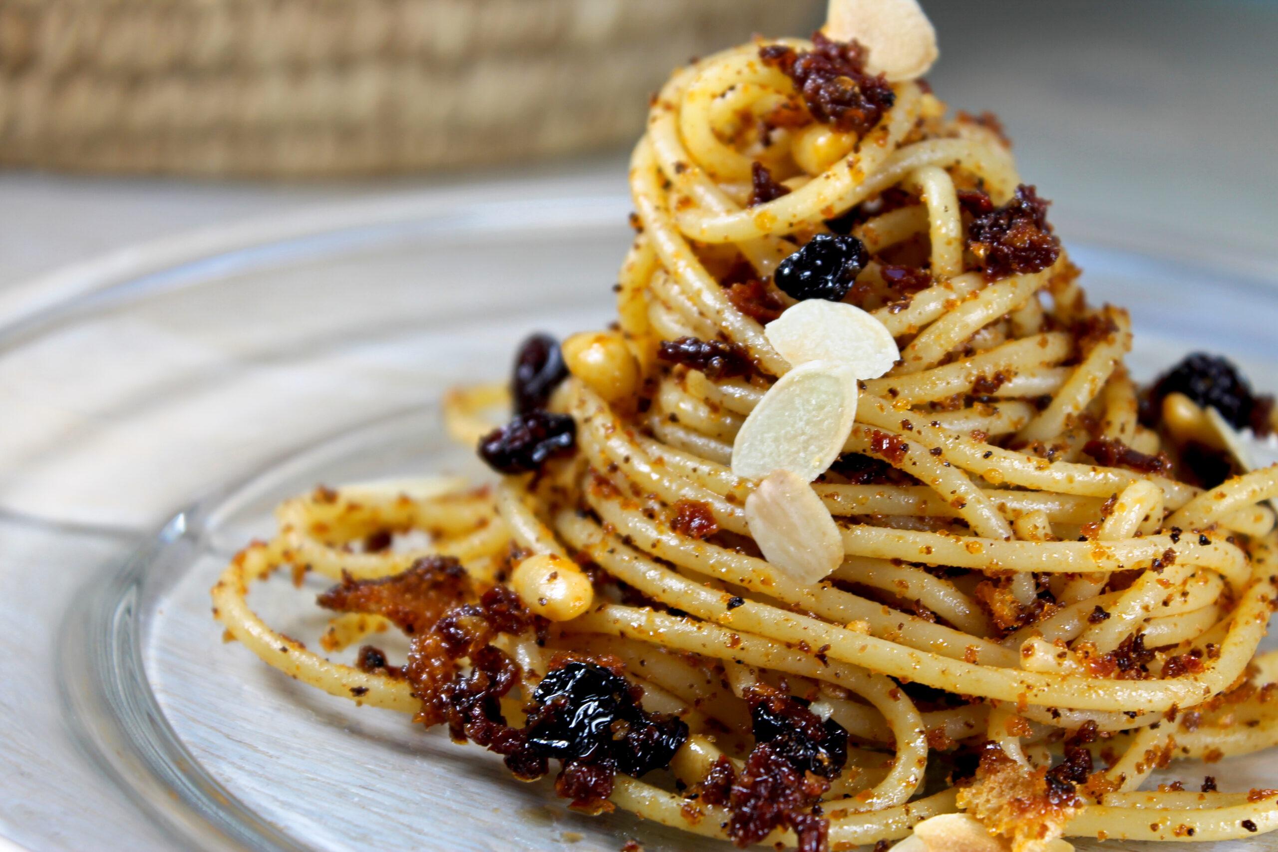 spaghetti spicci pomodorino secco pinoli